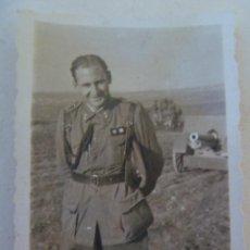 Militaria: FOTO TENIENTE CORONEL PROVISIONAL, DETRAS CAÑON . ACADEMIA ARTILLERIA DE SEGOVIA, 1941. Lote 139487874
