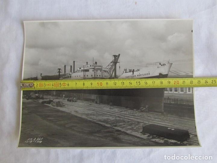 Militaria: Fotografía buque vapor Castillo Montjuich dique nº 2, 10-8-1951, El Ferrol del Caudillo, 22x16 cm - Foto 3 - 139566926