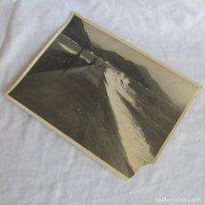 Militaria: FOTOGRAFÍA ALGAMECA GRANDE DIQUE DE ABRIGO CARTAGENA 4-2-1947, 23X17 CM. Lote 139573302