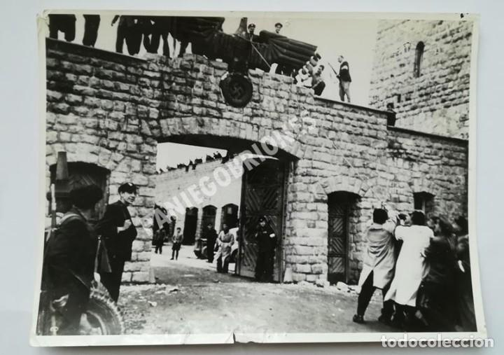 FRANCISCO BOIX LIBERACIÓN DE MAUTHAUSEN GELATINA DE PLATA 18 X 24 EXILIADO GUERRA CIVIL (Militar - Fotografía Militar - Guerra Civil Española)