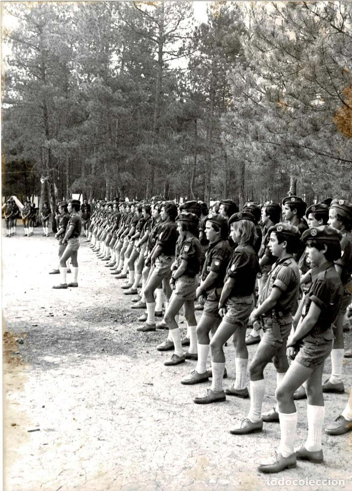Militaria: 14 FOTOGRAFÍAS CAMPAMENTOS DE LA OJE. ORGANIZACIÓN JUVENIL ESPAÑOLA. VARIAS ACTIVIDADES.- 24 X 18 CM - Foto 8 - 140238190