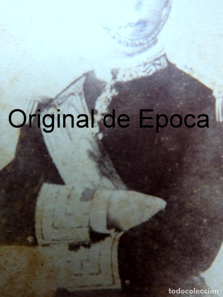 Militaria: (JX-181154)Fotografía de un jovencisimo Rey D. Alfonso XII con uniforme de Capitán General . - Foto 3 - 140242866