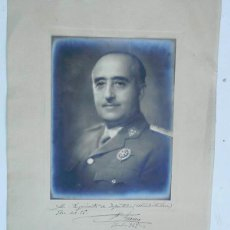 Militaria: FOTOGRAFIA FIRMADA DE FRANCO. Lote 140288318