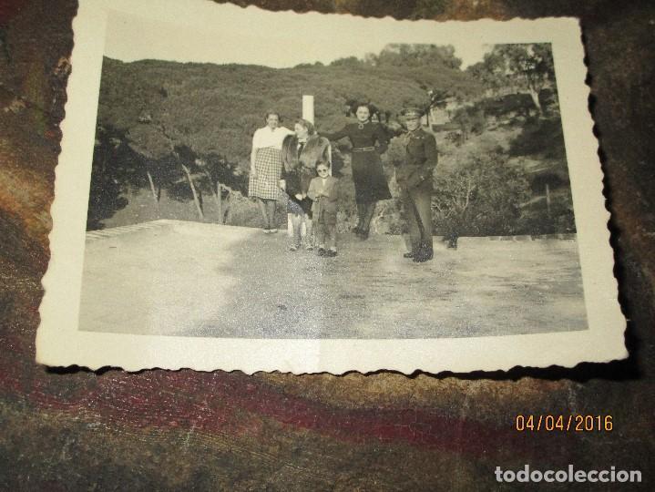 DOS FOTOS ANTIGUAS DE CEUTA CAPITAN COMBATIENTE GUERRA CIVIL CIRCA 1939 (Militar - Fotografía Militar - Guerra Civil Española)