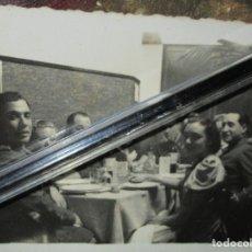 Militaria: ALTOS MANDOS REUNION EN RESTURANTE COMBATIENTE GUERRA CIVIL CIRCA 1939. Lote 141737546