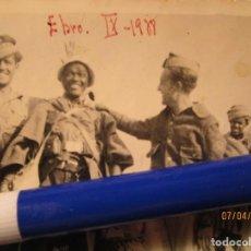 Militaria: BATALLA DEL EBRO IX 1939 REGULARES HAMED GUIA Y OFICIALES GUERRA CIVIL. Lote 142143686