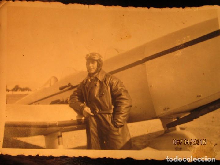 PILOTO TEODORO CON AVION GUERRA CIVIL ESPAÑOLA CIRCA 1938 DEDICA A EMILIA FALANGISTA DE CEUTA (Militar - Fotografía Militar - Guerra Civil Española)