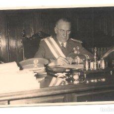 Militaria: GENERAL DE ARTILLERÍA DEL EJÉRCITO ESPAÑOL BERGARECHE. AÑOS CINCUENTA.. Lote 142311138