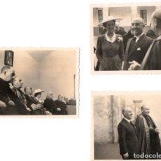 Militaria: 3 FOTOGRAFIAS ORIGINALES,GENERAL FRANCISCO FRANCO Y ESPOSA,CARMEN POLO,CON OBISPO/CARDENAL AÑOS 50. Lote 143299890