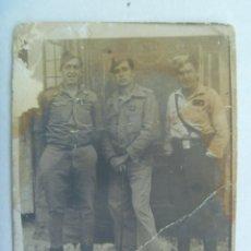 Militaria: GUERRA CIVIL : FOTO MINUTERO DE MILITARES, CABOS NACIONALES DE INGENIEROS. UNO HEBILLA FALANGE. Lote 143405038