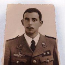 Militaria: FOTOGRAFÍA TENIENTE AVIACIÓN, EJÉRCITO DEL AIRE, AÑOS 40. Lote 145899846