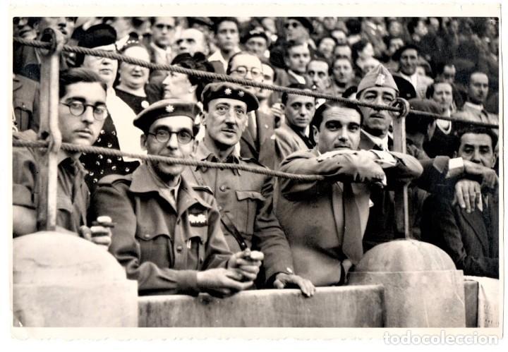 GUERRA CIVIL ESPAÑOLA,FOTOGRAFIA COMANDANTE,TTE.CORONEL REQUETES,LEGIONARIO,PLAZA TOROS ZARAGOZA1937 (Militar - Fotografía Militar - Guerra Civil Española)