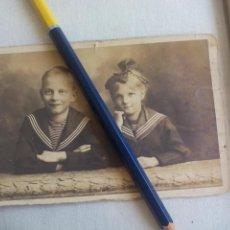 Militaria: ANTIGUA FOTOGRAFIA 1918, PRISIONEROS DE GUERRA SELLO DETACHEMENT DES PRISONNIERS DE GUERRE LORIENT. Lote 147250502