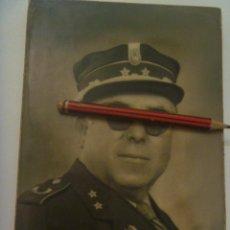 Militaria: CRUZ ROJA MILITARIZADA : FOTO DE TENIENTE CON TERESIANA, ETC. Lote 218243483