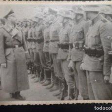 Militaria: HIMMLER PASANDO REVISTA A TROPAS DE CAMPO DE LAS SS. ARCHIVOS DE LA URSS.. Lote 147383930