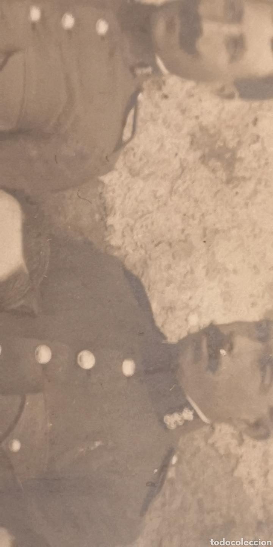 Militaria: Fotografía de gran tamaño de la Guardia Civil reglamento del 1910 gorro panadero - Foto 3 - 147574140