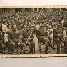 Militaria: MILITAR. VALENCIA, FOTOGRAFÍA ORIGINAL. MITIN EN LA PLAZA DE TOROS?? (H.1945?). Lote 147725825