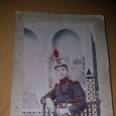 Militaria: FOTO SOLDADO 12 REGIMIENTO ALFONSINO CON ROS. Lote 147906109