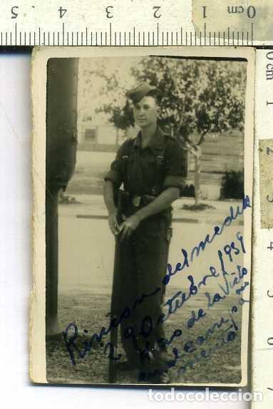 FOTOGRAFIA CABO DE INFANTERIA CON BAYONETA , GORRILLO, FALANGISTA ? AÑO 1939 (Militar - Fotografía Militar - Otros)