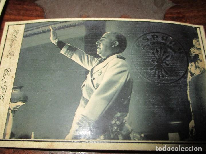 Militaria: SALUDO DE FRANCO RELACION FOTOS CON EMBLEMA FALANGE TROQUEL FLECHAS DE ESPAÑA - Foto 4 - 149794282