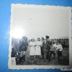 Militaria: ENTREGA PREMIOS CHICAS FALANGE LEGION POSTGUERRA CIVIL CIRCA EN MELILLA 1939. Lote 130373150