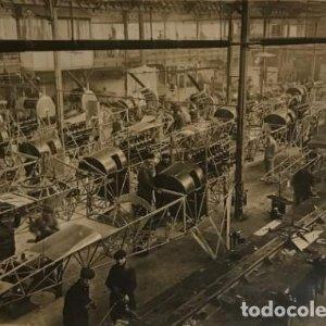 Aeroplanes de guerre. Fábrica de aviones de guerra. Francia 18x13 cm