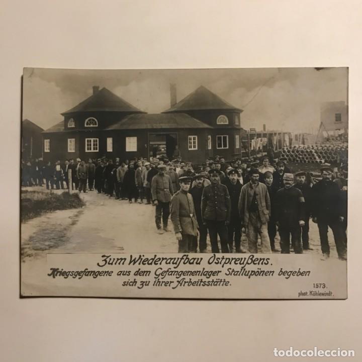 Militaria: 1916 Prisioneros de guerra en campamentos Stalluponen 1ª Guerra Mundial Postal fotográfica - Foto 2 - 149311130