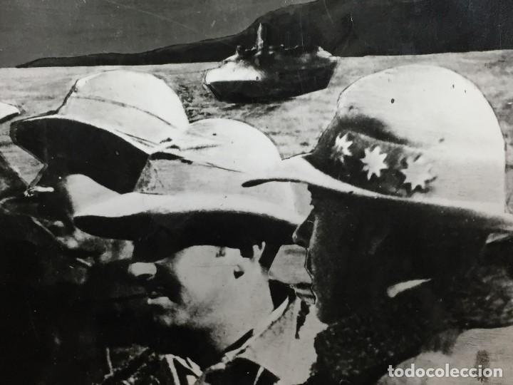 Militaria: antigua fotografía francisco franco guerra civil general sanjurjo embarcados alta mar áfrica s xx - Foto 6 - 152238306