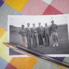 Militaria: FOTO PRIMEROS MESES DE LA GUERRA REQUETÉ SEGUNDA LÍNEA. Lote 152514190