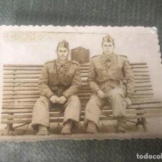 Militaria: ANTIGUA FOTOGRAFÍA MILITAR SOLDADOS ÉPOCA GUERRA CIVIL . Lote 153664058