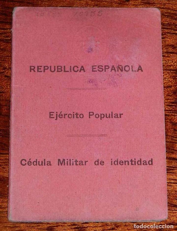 CARNET GUERRA CIVIL, REPUBLICA ESPAÑOLA, EJERCITO POPULAR, CEDULA MILITAR DE IDENTIDAD, FECHADO EL 1 (Militar - Fotografía Militar - Guerra Civil Española)
