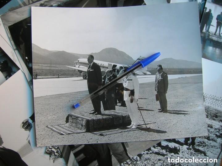 Militaria: RARAS FOTOGRAFIAS INEDITAS DE FRAGA Y MILITARES VISITANDO SAHARA, IFNI, AIIUN, VILLA CISNEROS. - Foto 4 - 154719546