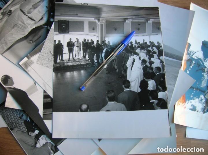 Militaria: RARAS FOTOGRAFIAS INEDITAS DE FRAGA Y MILITARES VISITANDO SAHARA, IFNI, AIIUN, VILLA CISNEROS. - Foto 6 - 154719546