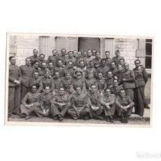 Militaria: FOTOGRAFÍA GUARDIA CIVIL. ACADEMIA GUARDIAS CIVILES.- 13,5 X 8,5 CM. Lote 155015934
