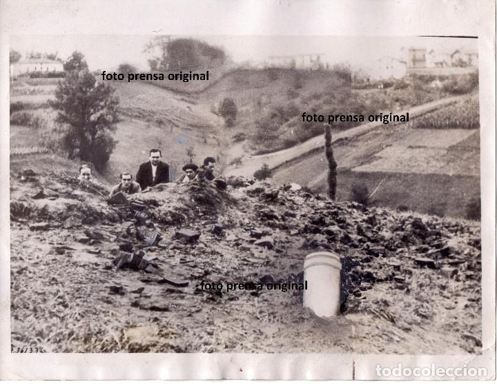 BOMBARDEO SOBRE SAN SEBASTIAN MILICIANOS REPUBLICA CERCA AGOSTO 1936 GUERRA CIVIL (Militar - Fotografía Militar - Guerra Civil Española)