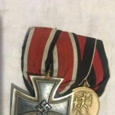 Militaria: ALEMANIA III REICH, PASADOR CRUZ DE HIERRO 2ª CLASE Y MEDALLA CONMEMORATIVA ANEXIÓN SUDETES... Lote 156677990