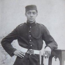 Militaria: FOTOGRAFÍA SOLDADO ARTILLERÍA MONTADA DEL EJÉRCITO ESPAÑOL. 1927. Lote 156774482