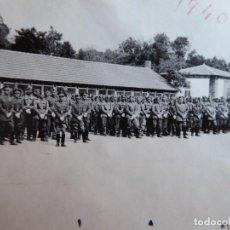 Militaria: FOTOGRAFÍA OFICIALES DEL EJÉRCITO ESPAÑOL. VALLADOLID 1940. Lote 157984054
