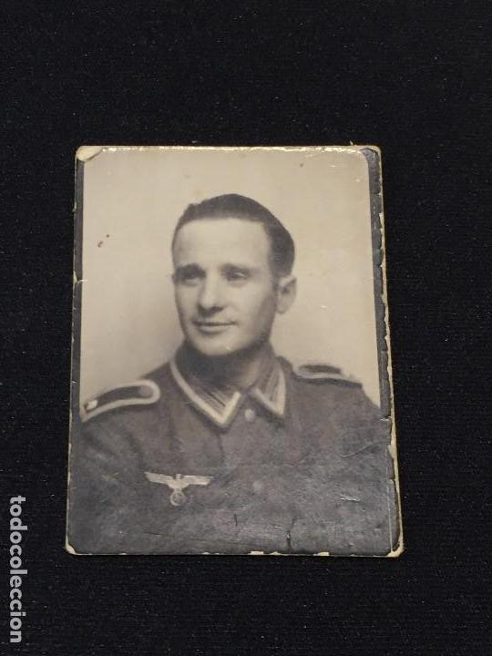 FOTO SUBOFICIAL ALEMAN WEHRMACHT 50X38MM ORIGINAL (Militar - Fotografía Militar - II Guerra Mundial)