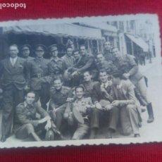 Militaria: FOTOGRAFIA GRUPO SOLDADOS NACIONALES. Lote 159566954