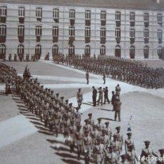 Militaria: FOTOGRAFÍA JURA DE BANDERA. ACADEMIA GENERAL MILITAR ZARAGOZA 1929. Lote 160415958