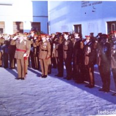Militaria: FOTOGRAFÍA TENIENTE GENERAL DEL EJÉRCITO ESPAÑOL. MEDALLA MÉRITO MILITAR INDIVIDUAL 1972. Lote 160475626