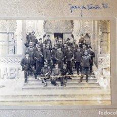 Militaria: FG-460. GRUPO DE AUTORIDADES MILITARES FRENTE AL GRAN CAFÉ RESTAURANTE TIBIDABO. BARCELONA. AÑO 1910. Lote 160868154