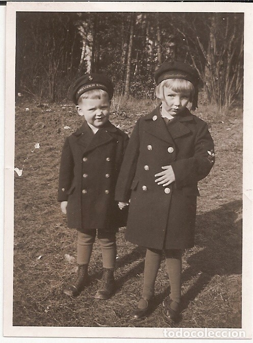 FOTO NIÑOS MARINEROS ALEMANES 1933/LEPANTO KREUZER EMDEN (Militar - Fotografía Militar - II Guerra Mundial)