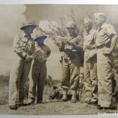 Militaria: FOTOGRAFIA OFICIAL DE PRENSA.OFICALES AMERICANOS DURANTE LA 2ª GUERRA MUNDIALCONTROL CENSURA. Lote 162935558