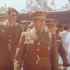 Militaria: FOTO ORIGINAL DEL GENERAL MILANS DEL BOSCH: MEDALLA MILITAR INDIVIDUAL , DIVISION AZUL ( PARCHE ). Lote 163465950