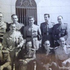 Militaria: FOTOGRAFÍA OFICIALES REGULARES Y DEL EJÉRCITO ESPAÑOL.. Lote 163616286