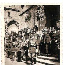 Militaria: SALIDA DE LA CATEDRAL DE BURGOS DE LOS GENERALES LÓPEZ PINTO Y CABANELLAS - FECHADA 1938 - ORIGINAL. Lote 164619382