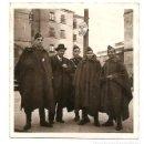 Militaria: GRUPO DE SOLDADOS NACIONALES CON UN CIVIL EN SALAMANCA - FECHADA 1938 - ORIGINAL DE ÉPOCA. Lote 164621390
