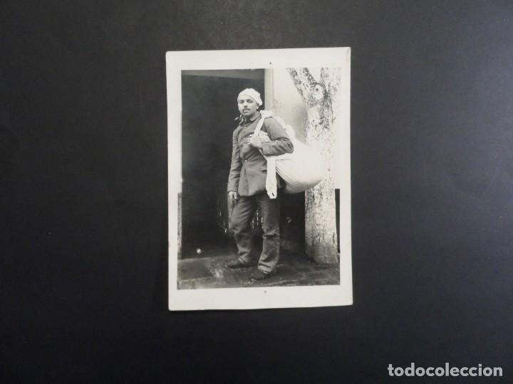 Militaria: SOLDADO IMPERIAL ALEMAN CONVALECIENTE DE REGRESO AL HOGAR. II REICH. AÑOS 1914-18 - Foto 2 - 165477522